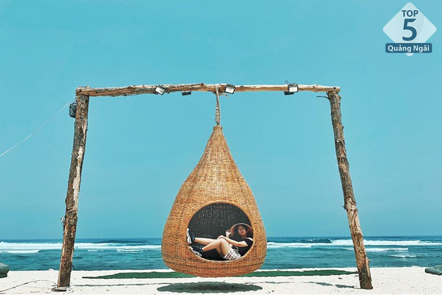 Top 5 bãi biển đẹp nhất Quảng Ngãi – Du lịch biển Mỹ Khê Quảng Ngãi